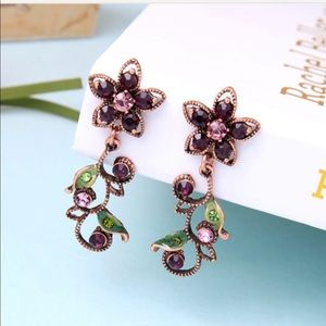 """NWTs Eye Candy Violet Crystal Earrings 2""""H .75""""W"""